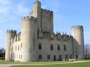 Замок Роктайяд (Chateau de Roquetaillade)